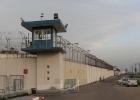 """توتر يسود سجن """"عسقلان"""" ومطالبات من الأسرى بإغلاق القسم الوحيد فيه"""