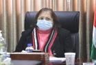 وزيرة الصحة تزور عائلات الأسرى الستة في جنين