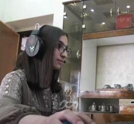 مرح الشريف.. طفلة تسخر وسائل التواصل الاجتماعي لإيصال صوت أطفال فلسطين للعالم - فيديو