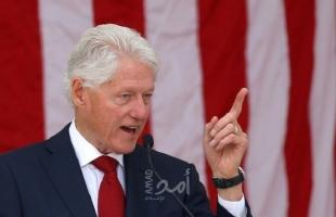 مساعد بيل كلينتون: الرئيس الأسبق يتعافى من عدوى مسالك بولية