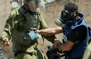 إصابة مصور تلفزيون فلسطين خلال اقتحام قوات الاحتلال حي الطيرة برام الله