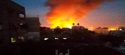 حريق في ميناء إيراني يلتهم 5 سفن تجارية -  فيديو