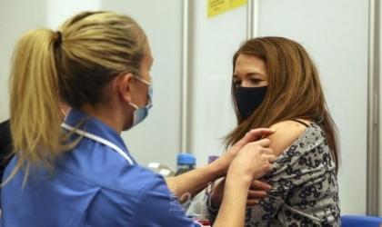 """الصحة العالمية تُطالب لتأجيل إعطاء الجرعة الثالثة من لقاح """"كورونا"""""""